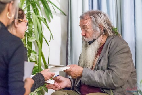 Sein Leben leben 20160918_1d4_vortragheilkraftwald-storl-0542